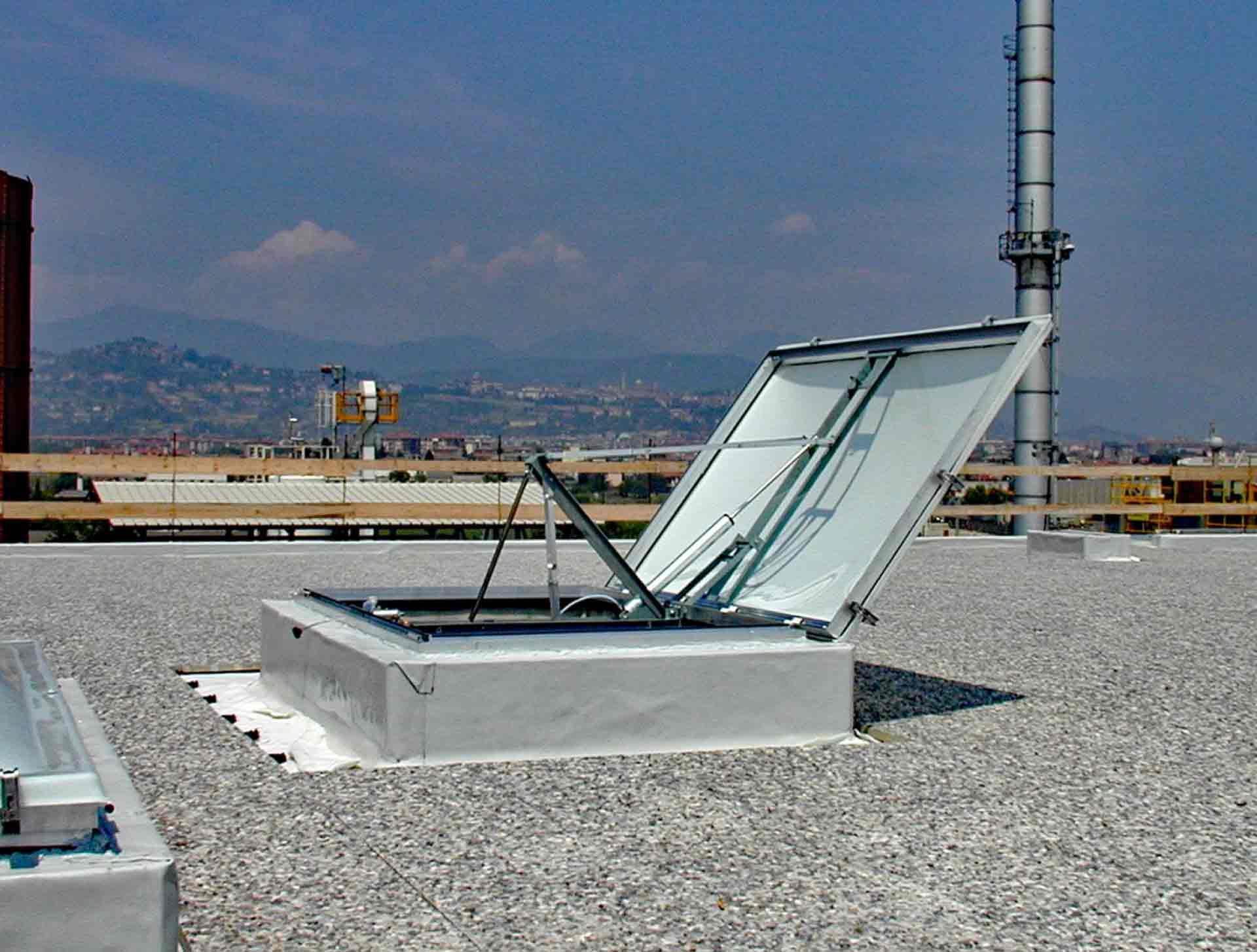 Produzione pensiline in ferro e alluminio Milano, Bergamo ...